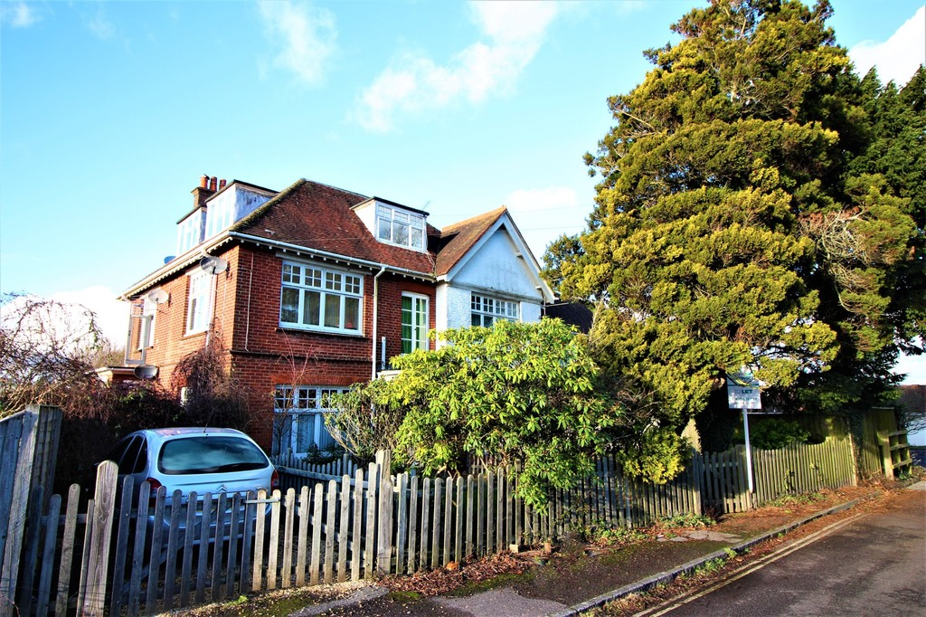 Property for rent in Brockenhurst SO42