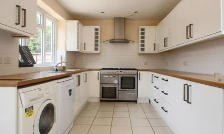 Photo of 7 bedroom Terraced House to rent