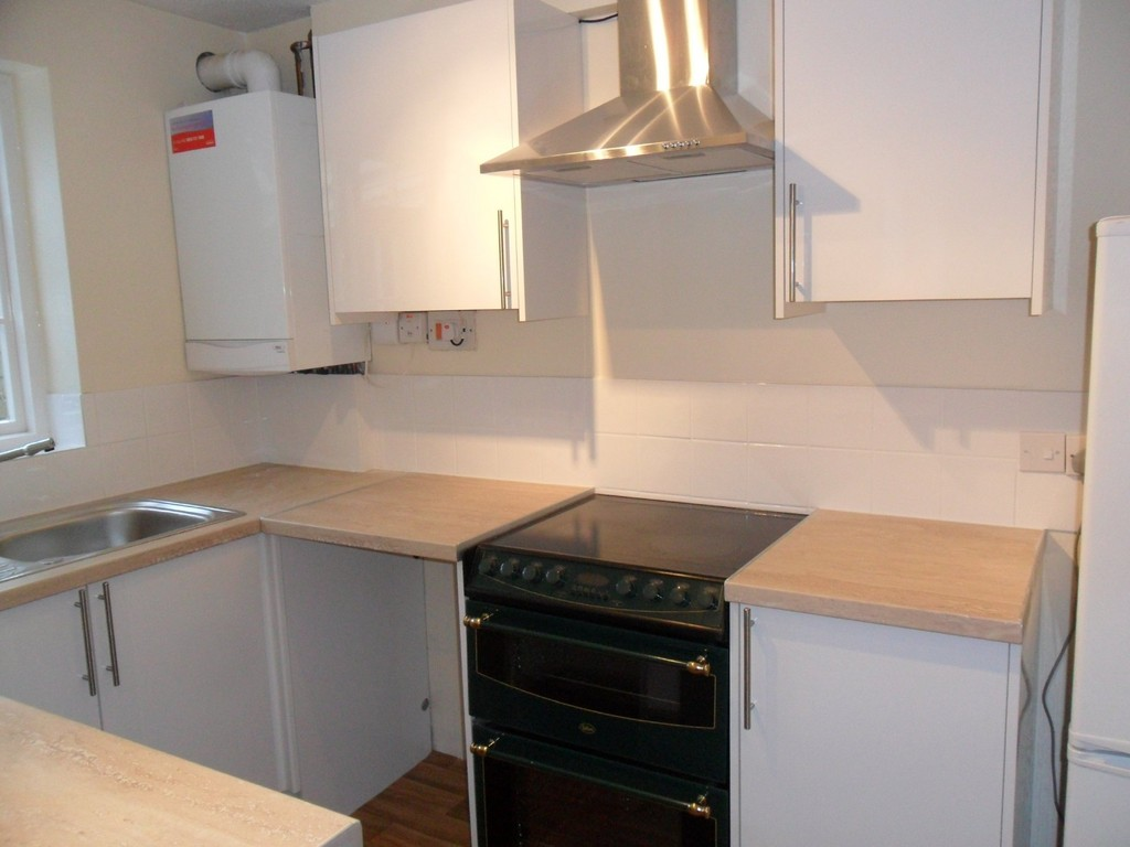Martin Amp Co New Milton 3 Bedroom End Of Terrace House Let