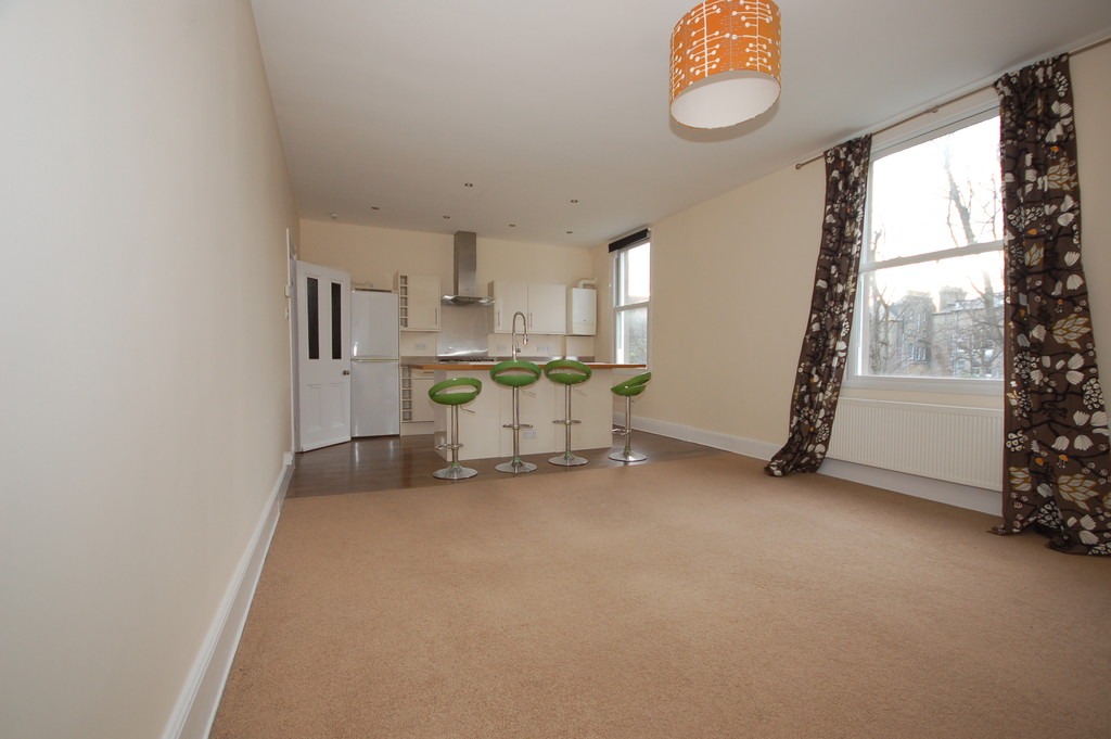 Martin co uckfield 2 bedroom apartment to rent in for Room to rent brighton