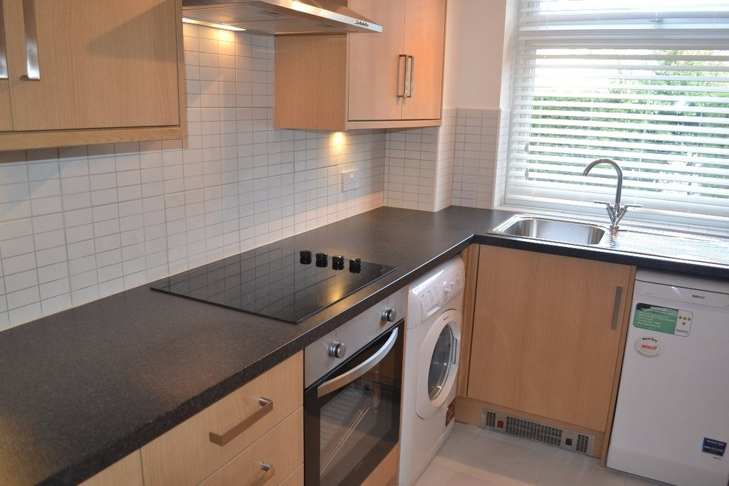 Martin Co Leamington Spa 2 Bedroom Apartment To Rent In Northumberland Court Cv32 Martin Co