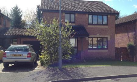 Photo of 4 bedroom Link Detached House to rent