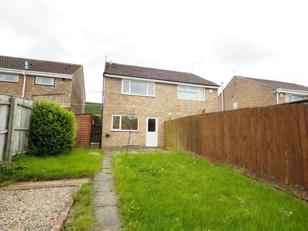 Martin Amp Co Guisborough 2 Bedroom Semi Detached House To