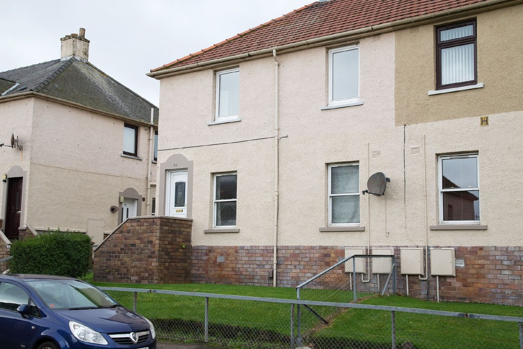 2 Bedrooms Flat for rent in Cook Street, Dysart KY1