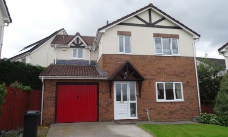 Photo of 4 bedroom Detached House to rent