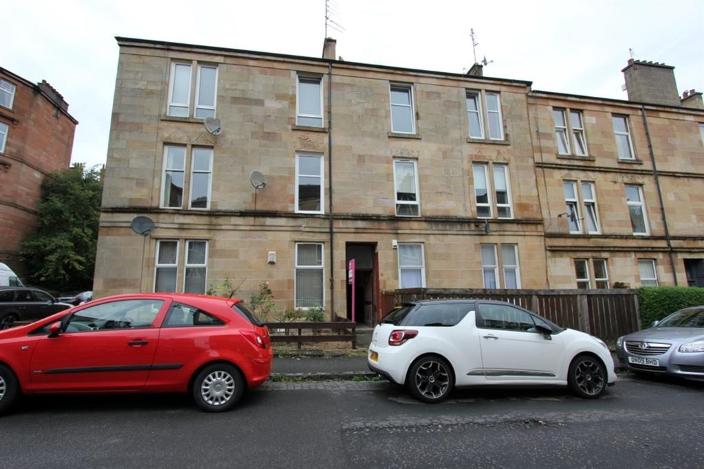Martin Amp Co Glasgow Shawlands 2 Bedroom Flat To Rent In