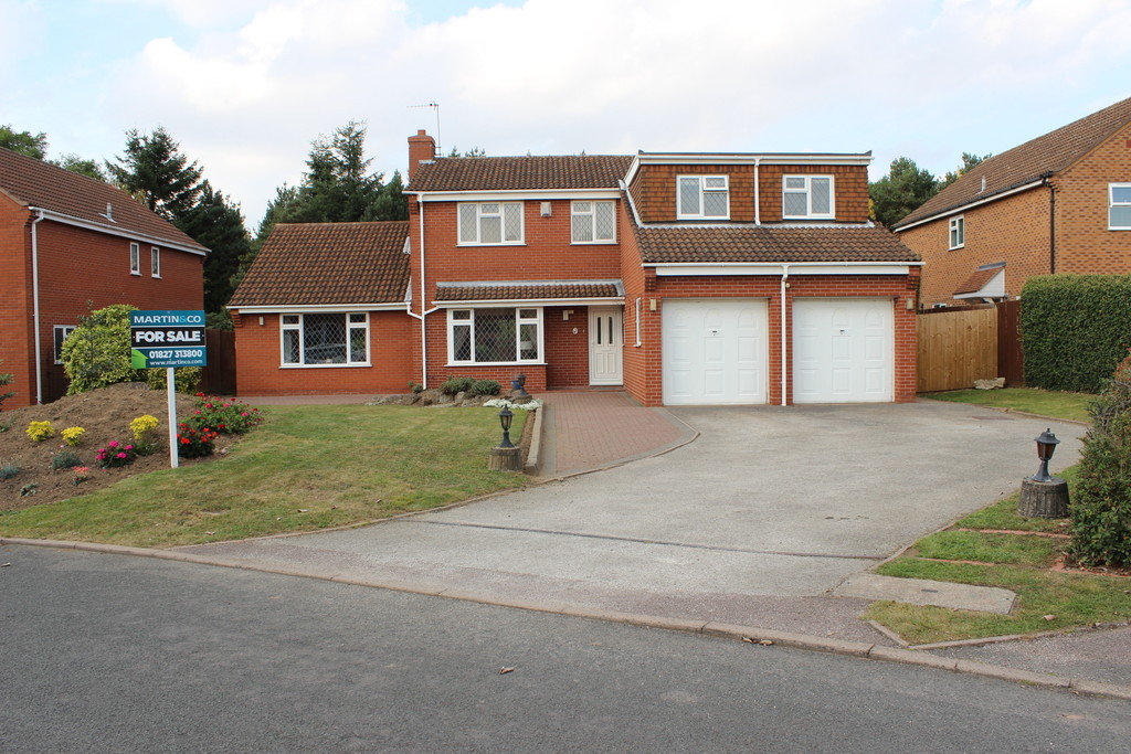 5 Bedrooms Detached House for sale in Turnberry, Amington B77
