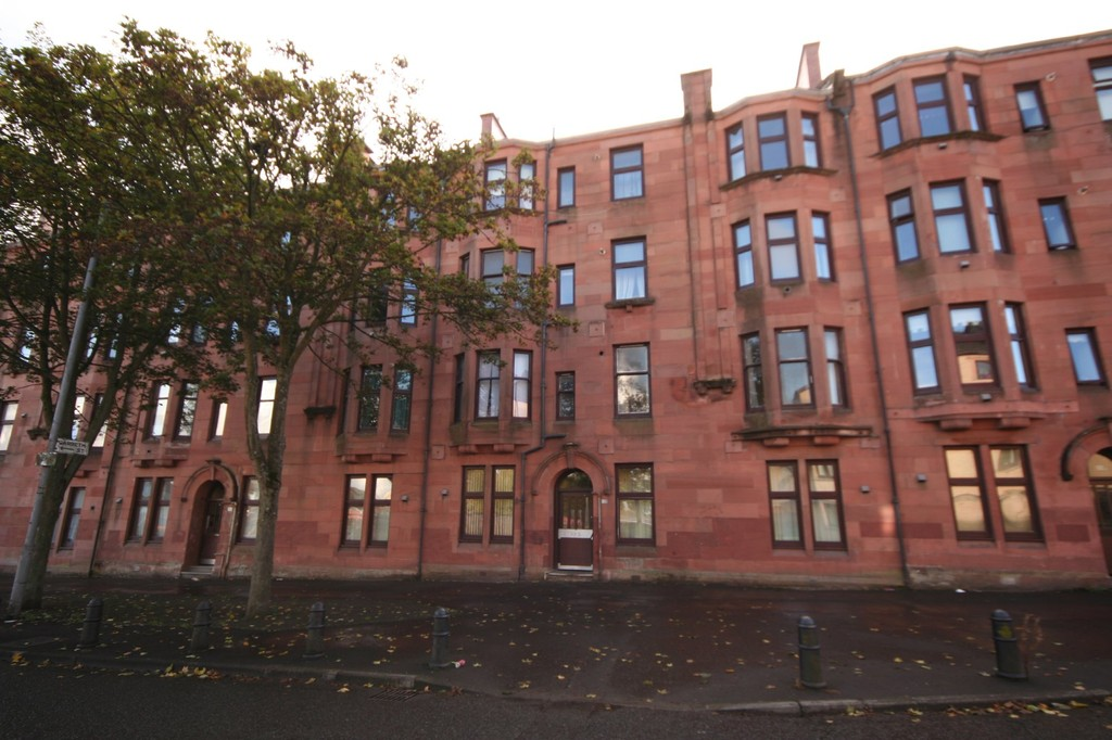 Martin Amp Co Glasgow Shawlands 1 Bedroom Apartment Sstc In