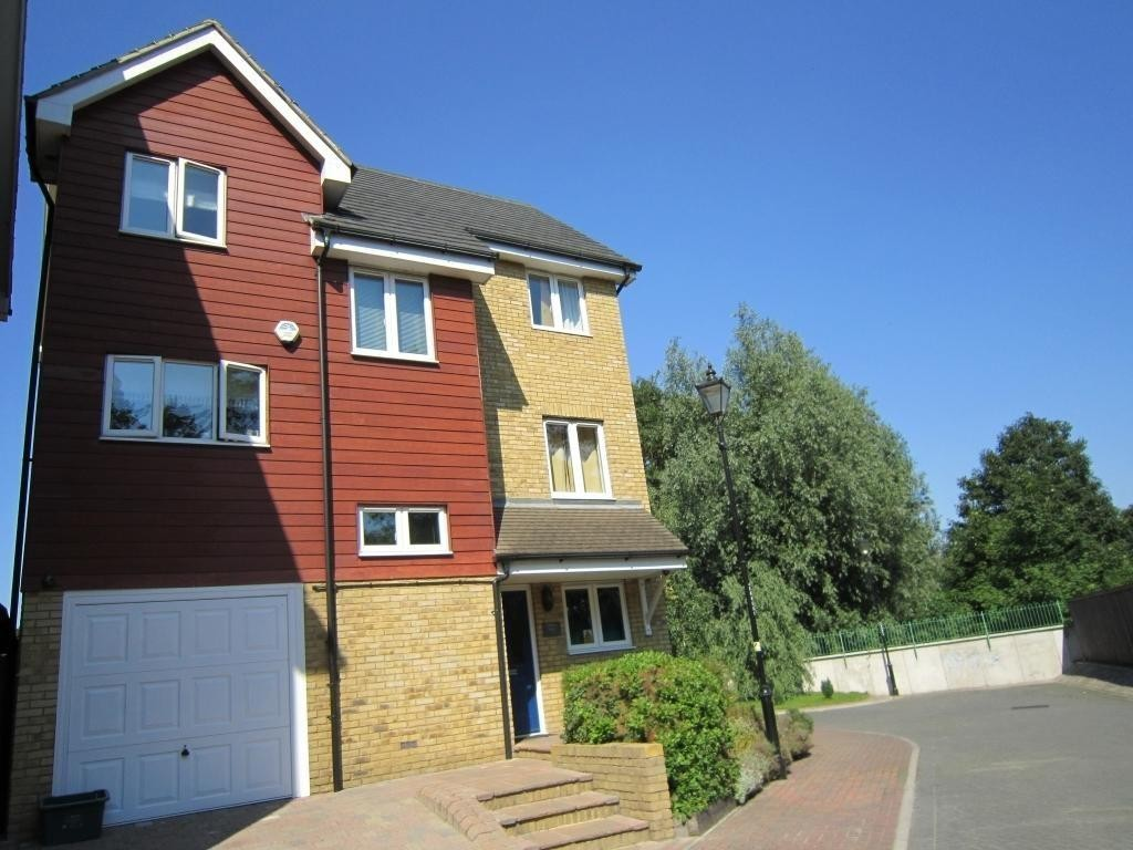 Property for rent in Aylesford, Maidstone ME20