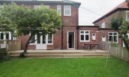 Photo of 3 bedroom Semi-Detached House to rent