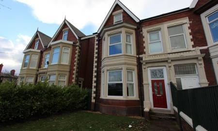 Photo of 7 bedroom Semi-Detached House for sale