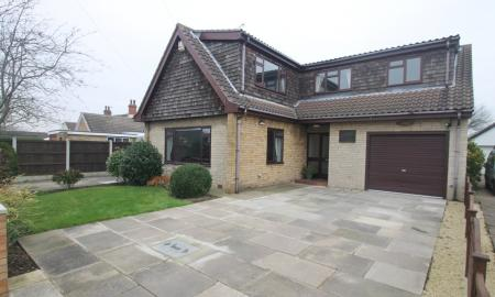 Photo of 5 bedroom Detached Bungalow for sale