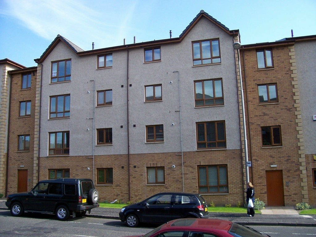 2 Bedrooms Flat for sale in Kingslaw court, kirckaldy KY1