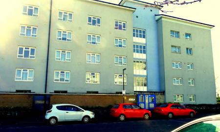 Photo of 3 bedroom Flat for sale