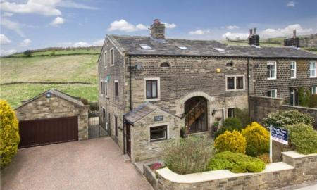 Photo of 5 bedroom Barn Conversion to rent