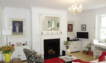 Photo of 1 bedroom Ground Floor Flat for sale