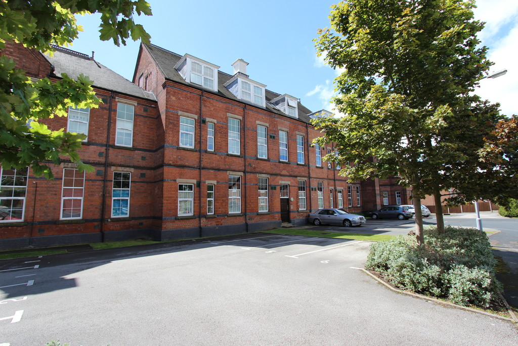 1 Bedroom Apartment Flat for sale in St Edithas Court, Tamworth B79