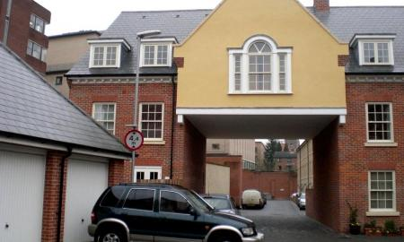 Photo of 4 bedroom Town House to rent
