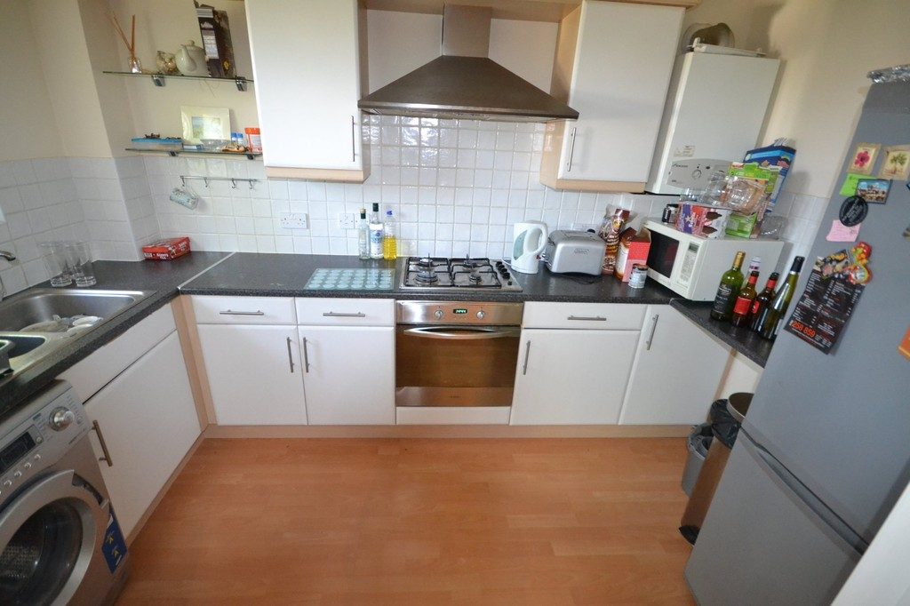 Martin Co Bournemouth 2 Bedroom Flat For Sale In