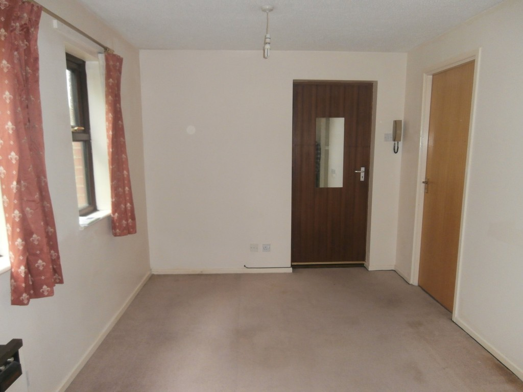 1 Bedroom Studio Flat for sale in Perton, Wolverhampton WV6