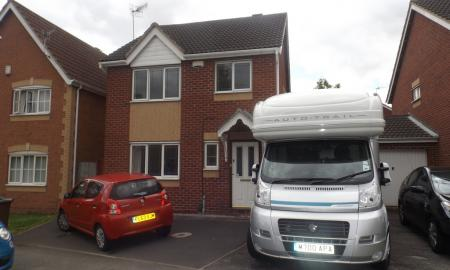 Photo of 3 bedroom Link Detached House to rent