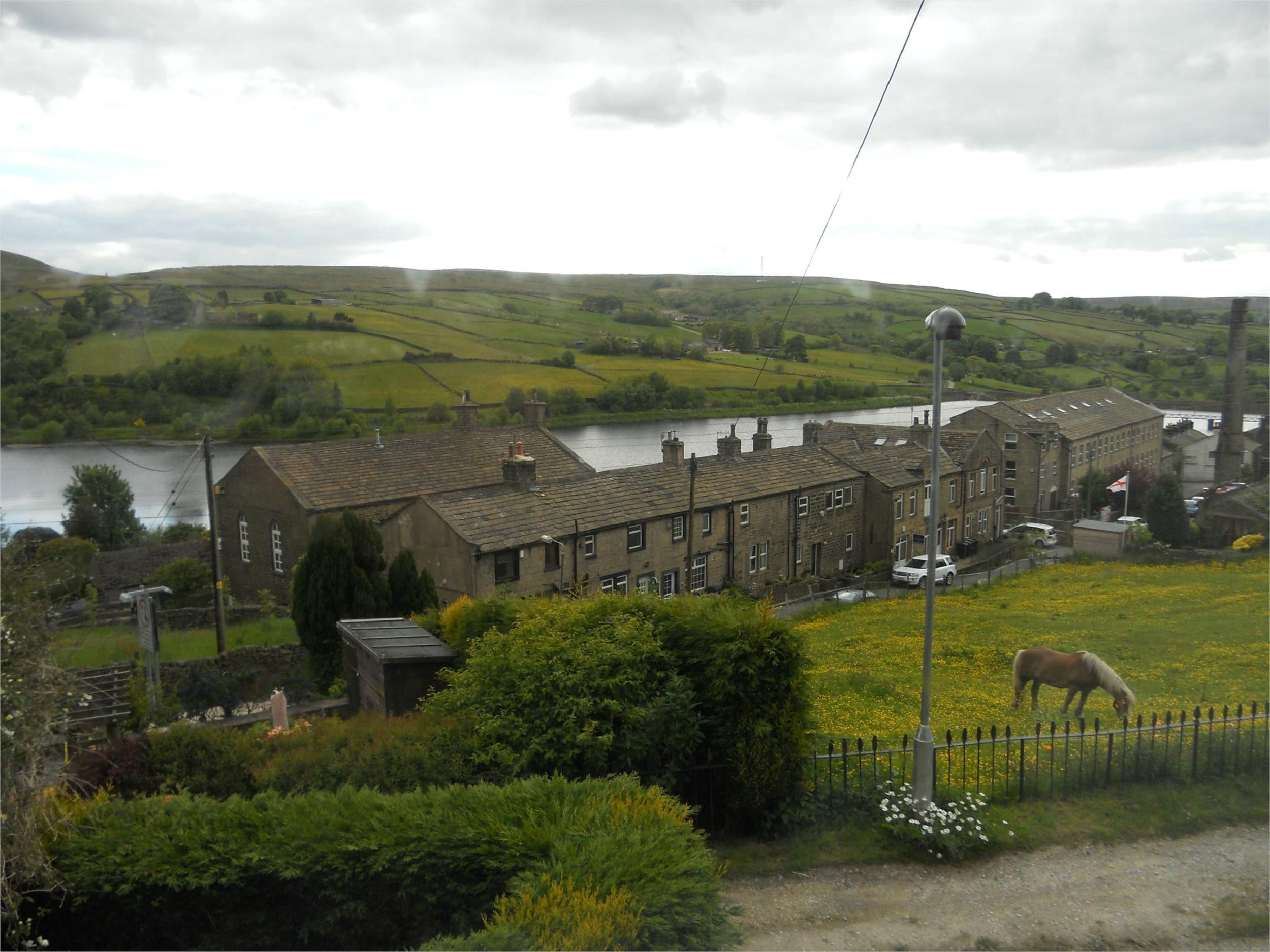whitegates keighley 2 bedroom cottage for sale in 4  bank