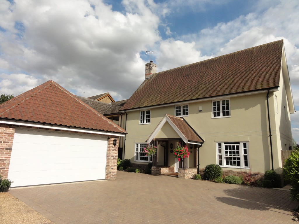 Martin & Co Bury St Edmunds 6 bedroom Detached House to rent in ...