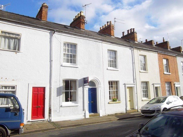 Cj Hole Worcester 2 Bedroom Terraced House For Sale In