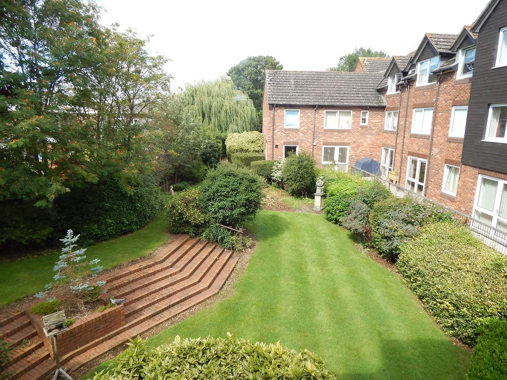 1 Bedroom Property for sale in Cygnet Court, Abingdon OX14
