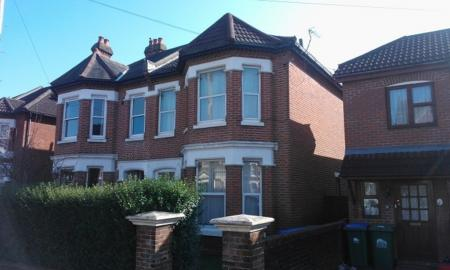 Photo of 6 bedroom Semi-Detached House to rent