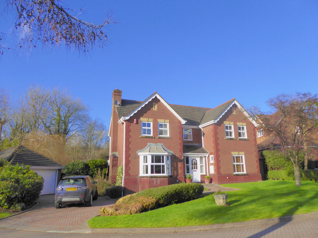 4 Bedrooms Detached House for sale in The Glen, Langstone NP18