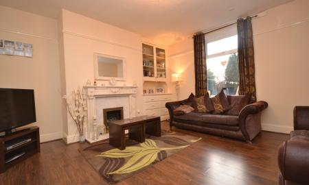 Photo of 1 bedroom End of Terrace House for sale