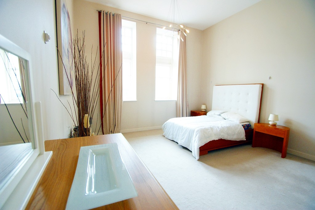2 Bedrooms Apartment Flat for rent in Altolusso, Cardiff City Centre CF10