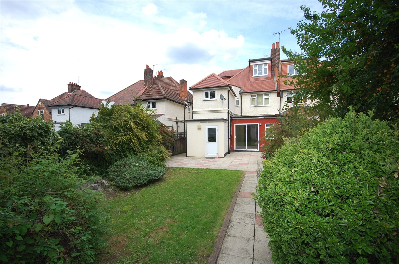 2 Bedrooms Flat for sale in Lichfield Grove Finchley London N3