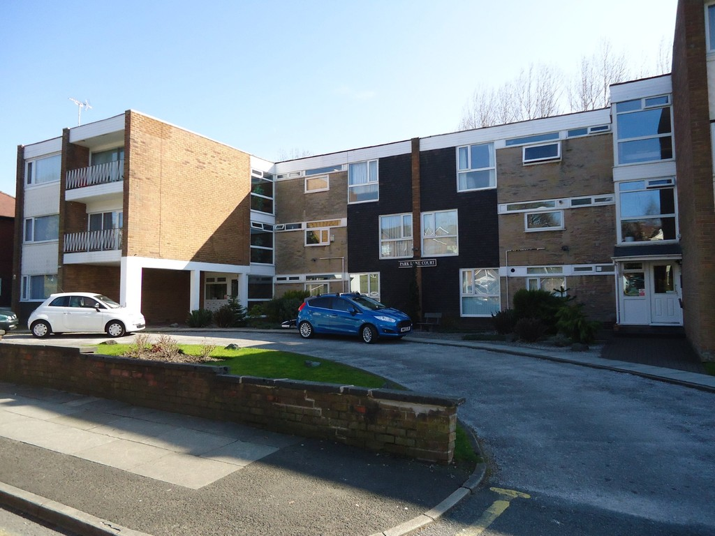 Martin Amp Co Manchester Prestwich 2 Bedroom Apartment Let