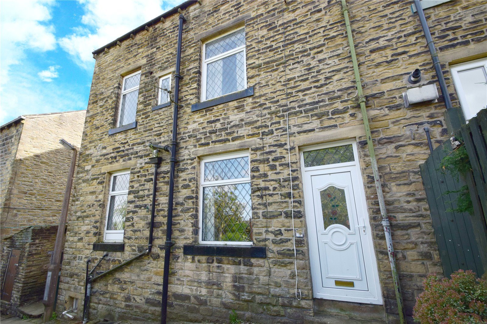 Yorkshire Terrace: Whitegates Keighley 3 Bedroom House To Let In Rose Street