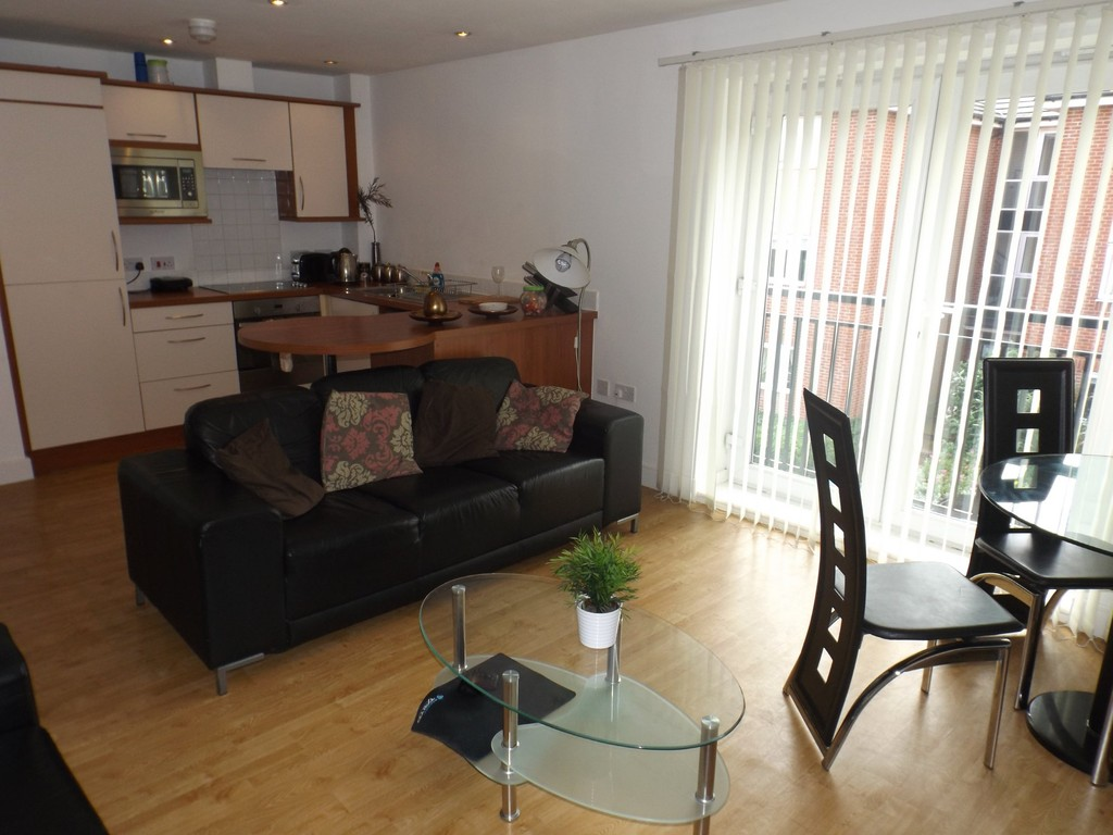 2 Bedrooms Apartment Flat for sale in Colbrook Place, Midland Road NG4