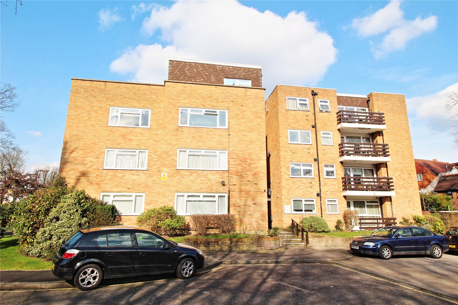 1 Bedroom Flat for sale in Mentmore Court September Way Stanmore HA7