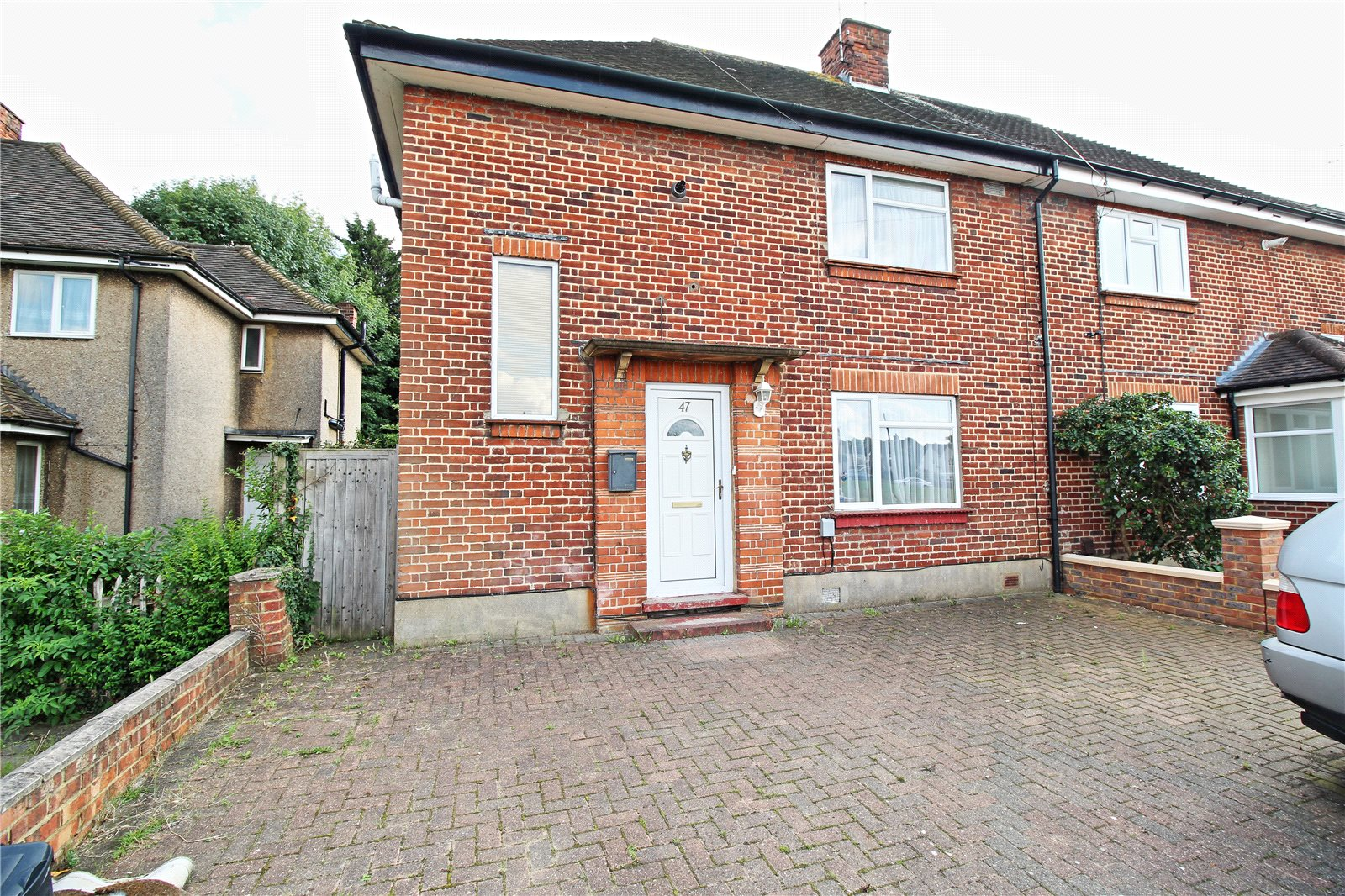 3 Bedrooms Semi Detached House for sale in Beatty Road Stanmore Middlesex HA7