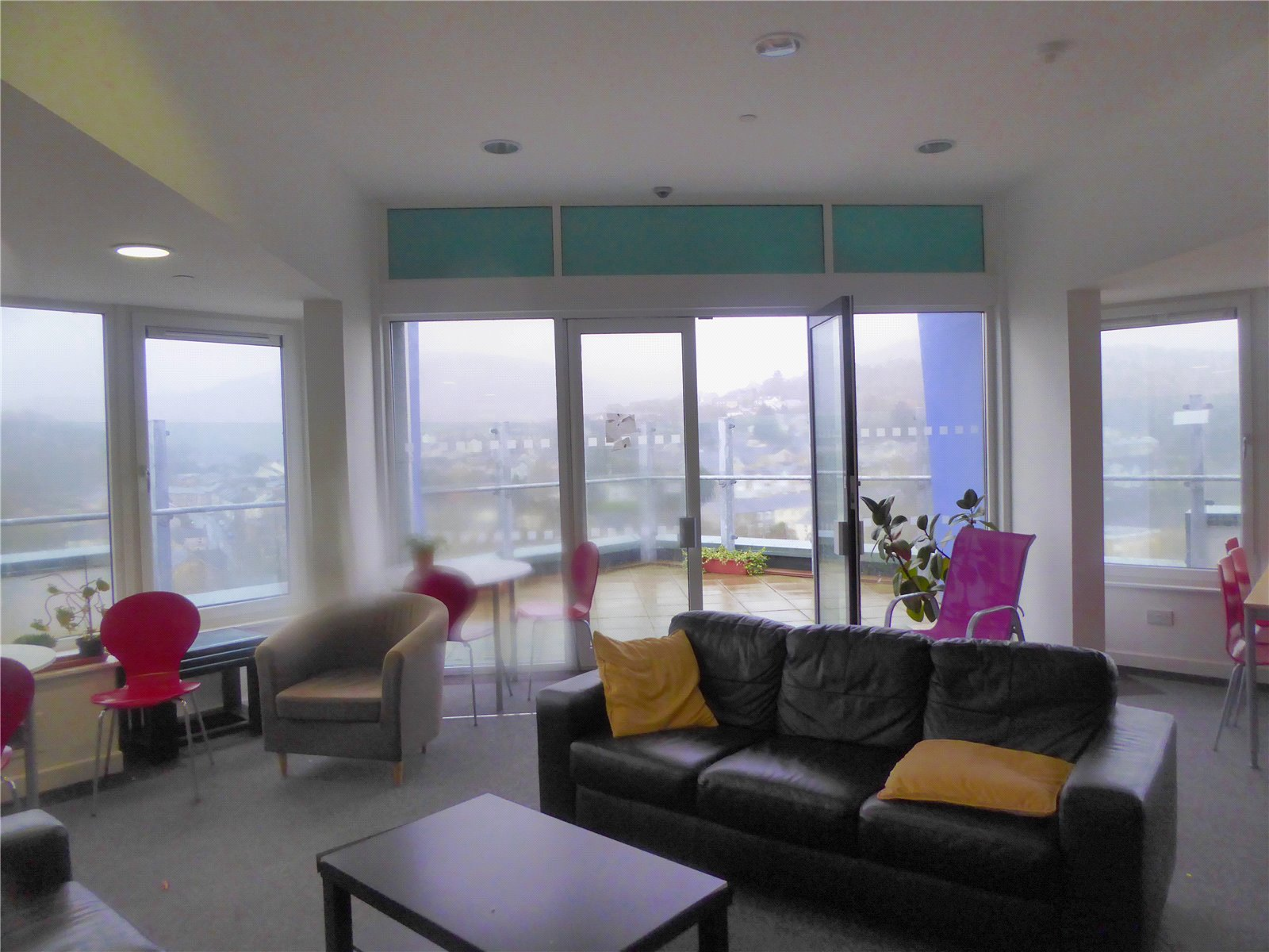 Cj Hole Newport 1 Bedroom Flat For Sale In Fairview Court