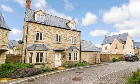 Beecham Close Cirencester Gloucestershire GL7 Image 1