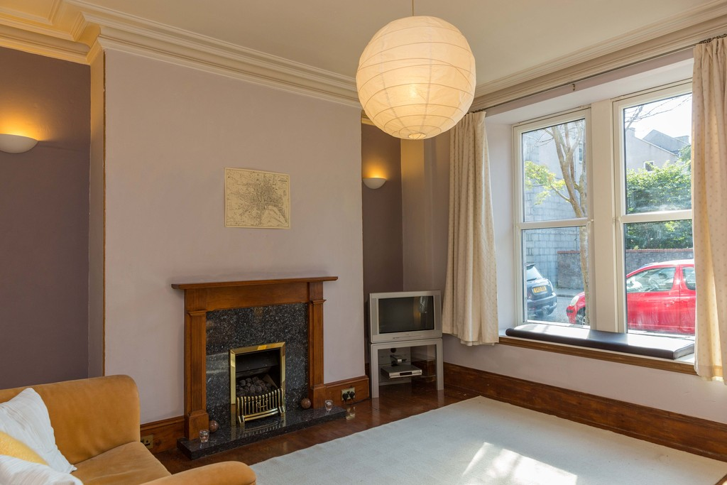Martin & Co Aberdeen 1 bedroom Apartment to rent in Whitehall Place ...