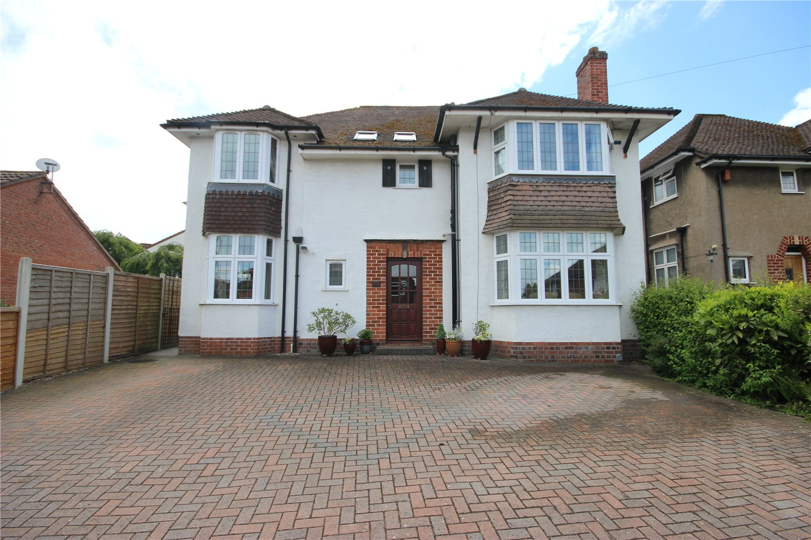 Cj hole westbury on trym 5 bedroom house for sale in for 9 bedroom homes for sale