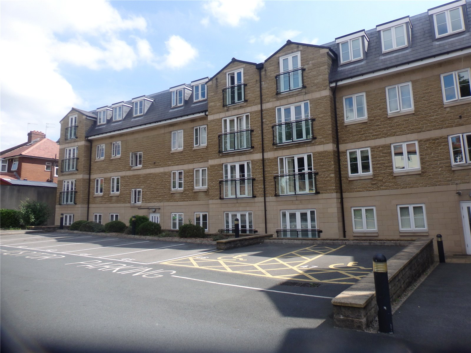 Yorkshire Terrace: Whitegates Halifax 2 Bedroom Flat To Rent In The Hub