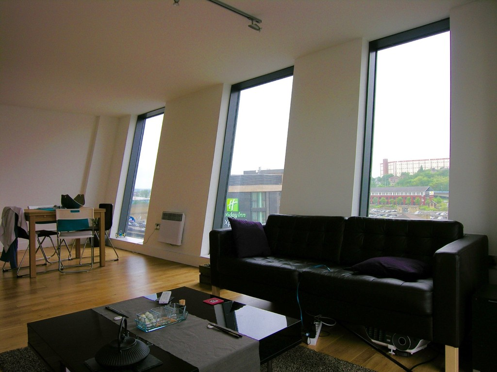 2 Bedrooms Apartment Flat for sale in Wicker Riverside, 2 North Bank, Sheffield S3