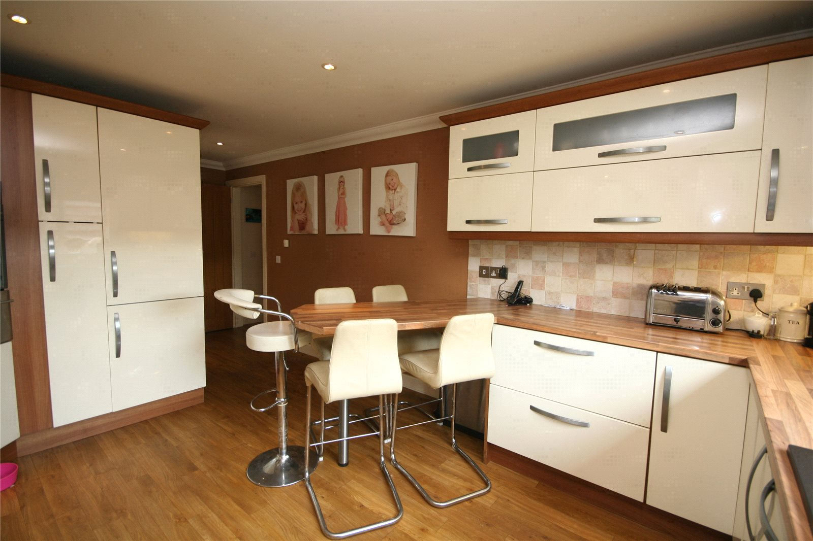 4 Bedrooms Detached House for sale in Millcot New Road Woodmancote GL52