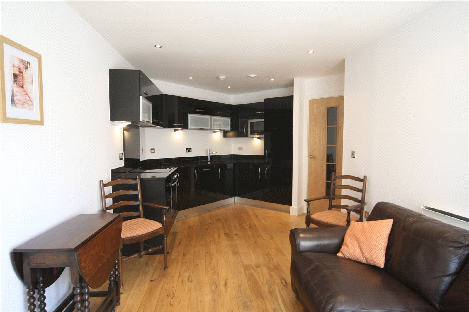 Whitegates York 2 Bedroom Flat To Rent In Cordwainers