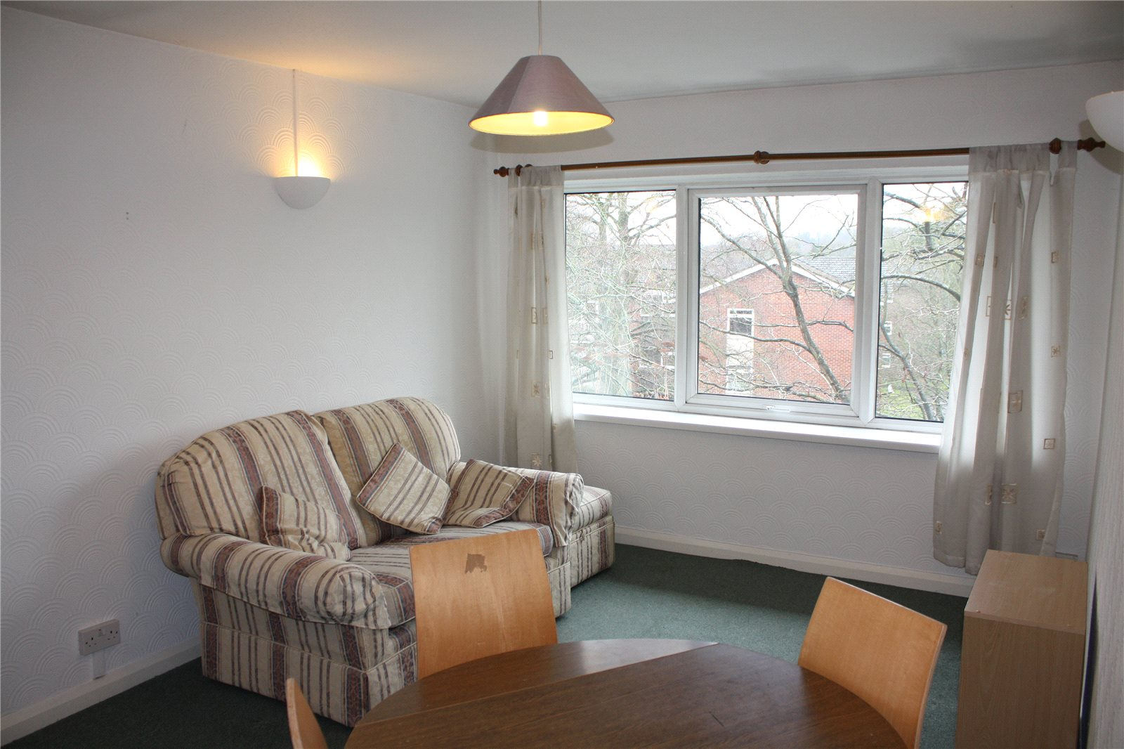 Parkers reading 1 bedroom flat to rent in beta house - 1 bedroom house to rent in reading ...