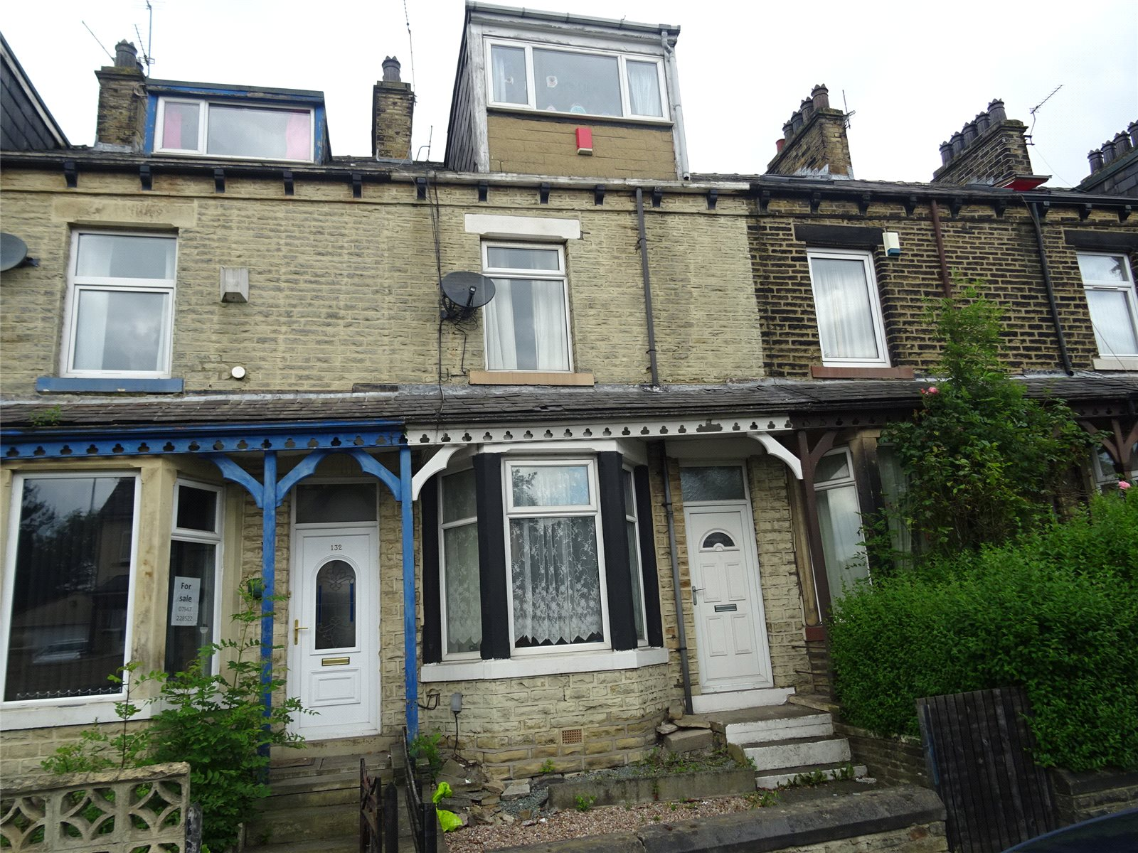 Whitegates Bradford 4 Bedroom House Sstc In Lister Avenue