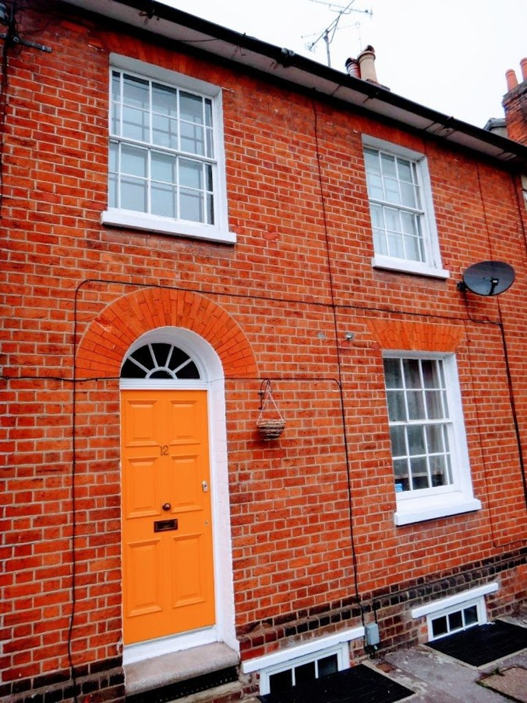 3 Bedrooms Terraced House for rent in Lorne Street, Reading RG1